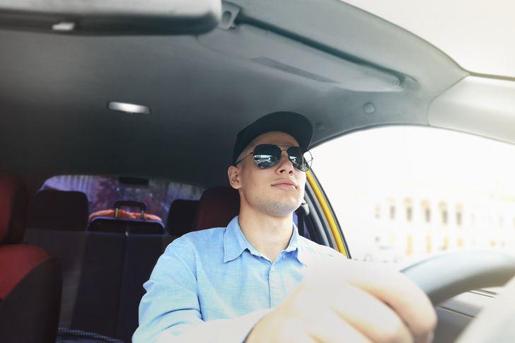 Я 8 лет работаю в такси и готов поделиться секретами профессии, о которых не догадываются пассажиры