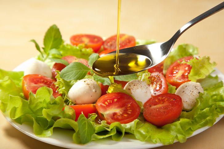 Диетологи мира составили рейтинг лучших диет на2019год. Вот десятка победителей