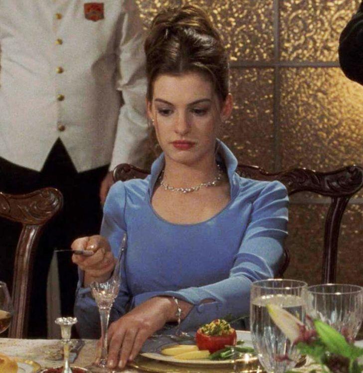 15 важных деталей из известных фильмов, которые мы все дружно проморгали