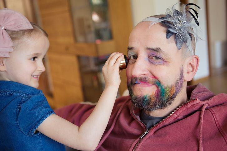 Мы решили выяснить, насколько правдиво утверждение о том, что дети — это счастье