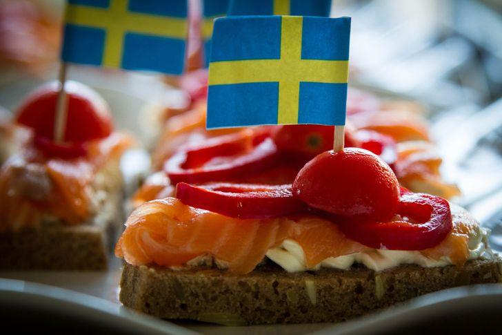 17 секретов системы «шведский стол», которая обводит гостей вокруг пальца