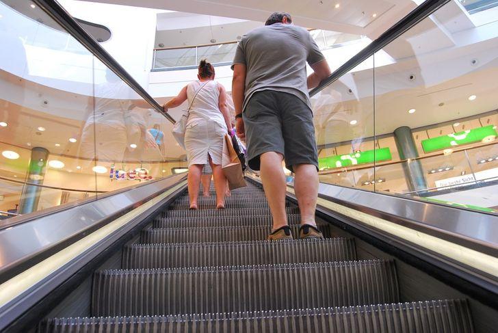 Почему мы разочаровываемся в торговых центрах и что постепенно приходит им на смену (Спойлер: акцент на спорт и роскошь)