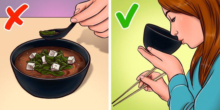 12 популярных блюд, которые в ресторанах едят определенным образом. А не так, как мы привыкли