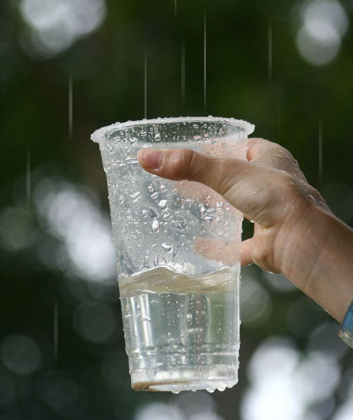 9 скрытых опасностей и заблуждений, которые притаились на дне стакана с водой