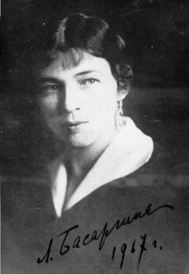 Какими на самом деле были 7 женщин, чьей красотой восхищались известные поэты и писатели