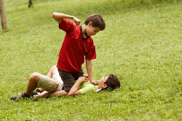 Психологи выделили 8признаков кризиса воспитания ирассказали, что сэтим делать