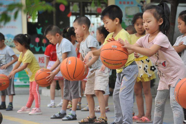 Я устроилась на работу в китайский детский сад и поняла, что он отличается от европейского как небо от земли