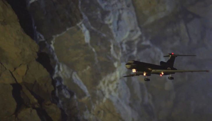 20 малоизвестных фактов о том, как снимали «Экипаж» — первый советский фильм про катастрофу