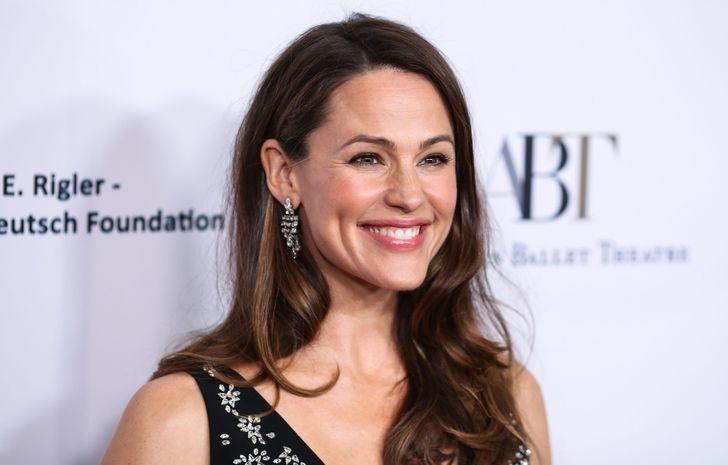 9 знаменитостей, которые открыли для себя благотворительность по искреннему зову сердца