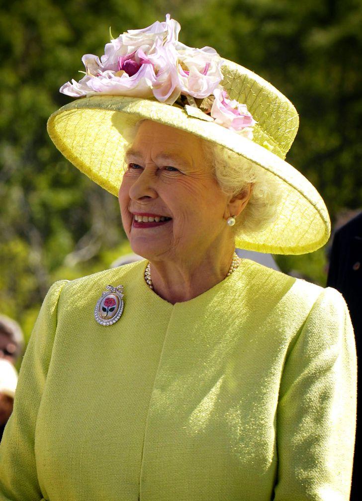 18фактов ожизни королевы ЕлизаветыII, окоторых мало кому известно