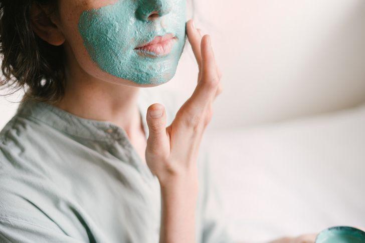 12 советов от опытного косметолога, которые помогут сберечь молодость и деньги