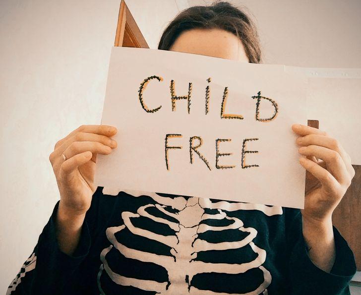 14+ человек признались, почему они не хотят детей. И в их адрес не пошутишь о тикающих часиках