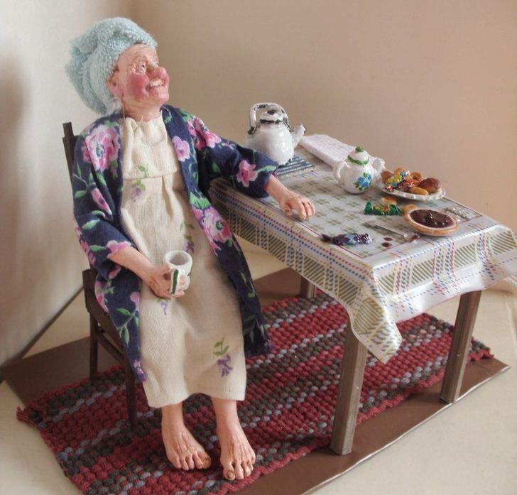 Мастерица изСибири создает доболи правдоподобные сюжеты изжизни пожилых людей