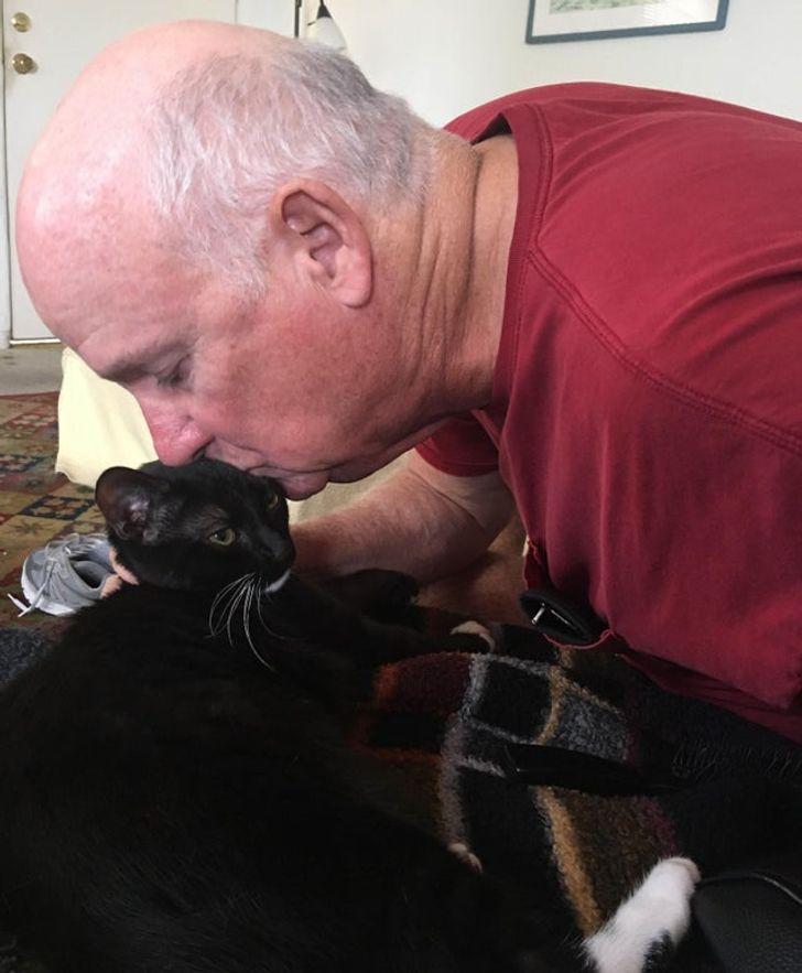 20 суровых пап, которые ни в какую не соглашались на животных в доме, но в итоге победила любовь