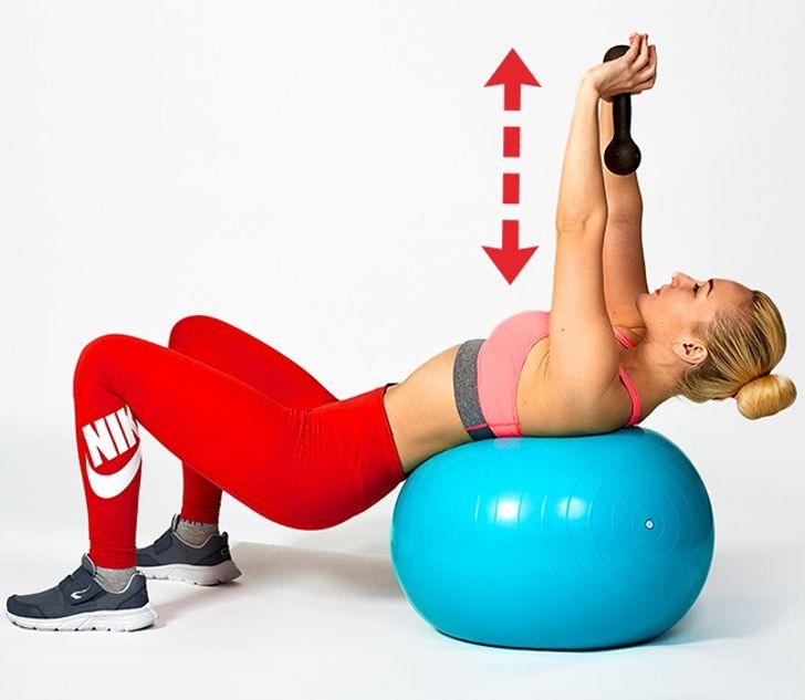 7простейших упражнений для красивой иподтянутой груди