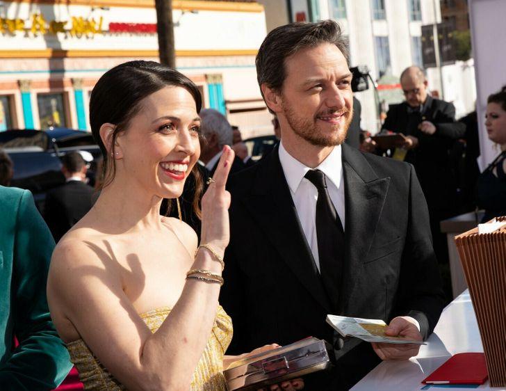 Как выглядят вторые половинки актеров кино, которые покорили миллионы женских сердец