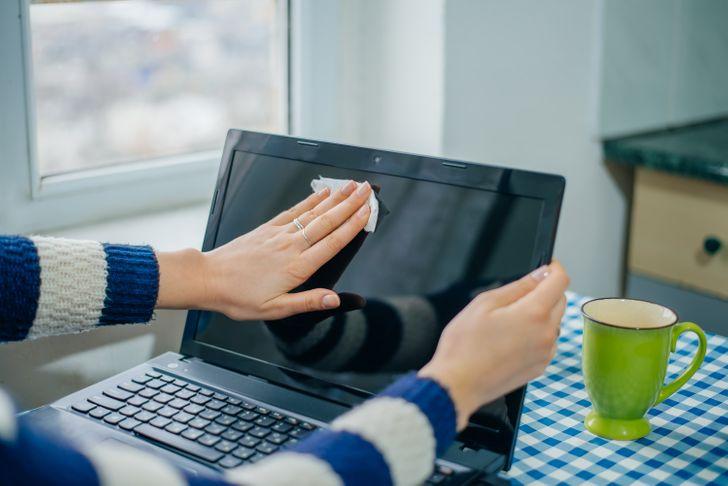 12простых вещей, которые медленно уничтожают ваш компьютер
