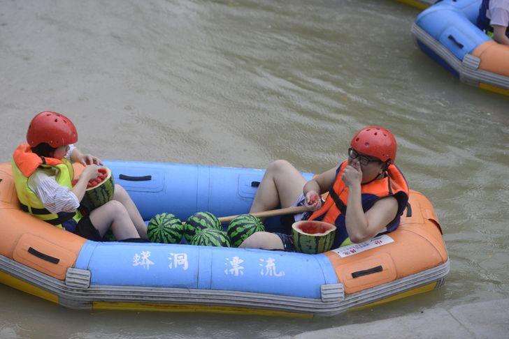 13 странных привычек китайцев, которые никогда не поймет европеец