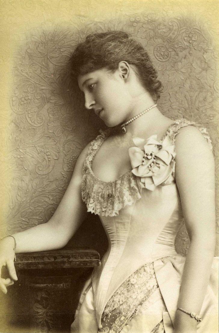 Как выглядели актрисы во времена, когда не было ботокса и пластической хирургии