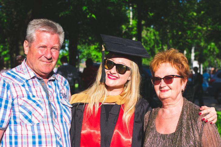 Почему 30-летние сегодня не хотят съезжать от родителей и это больше не считается позорным