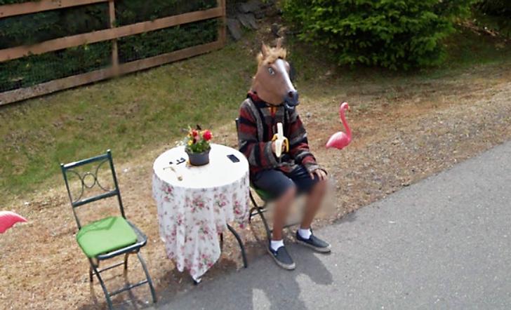 15неожиданно странных снимков, которые сделал автомобиль Google